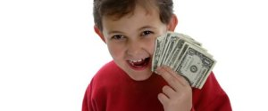 kid_holding_money